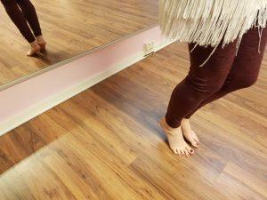 Abrollen der Füße beimTamau auf dem Ballen - Foto: privat