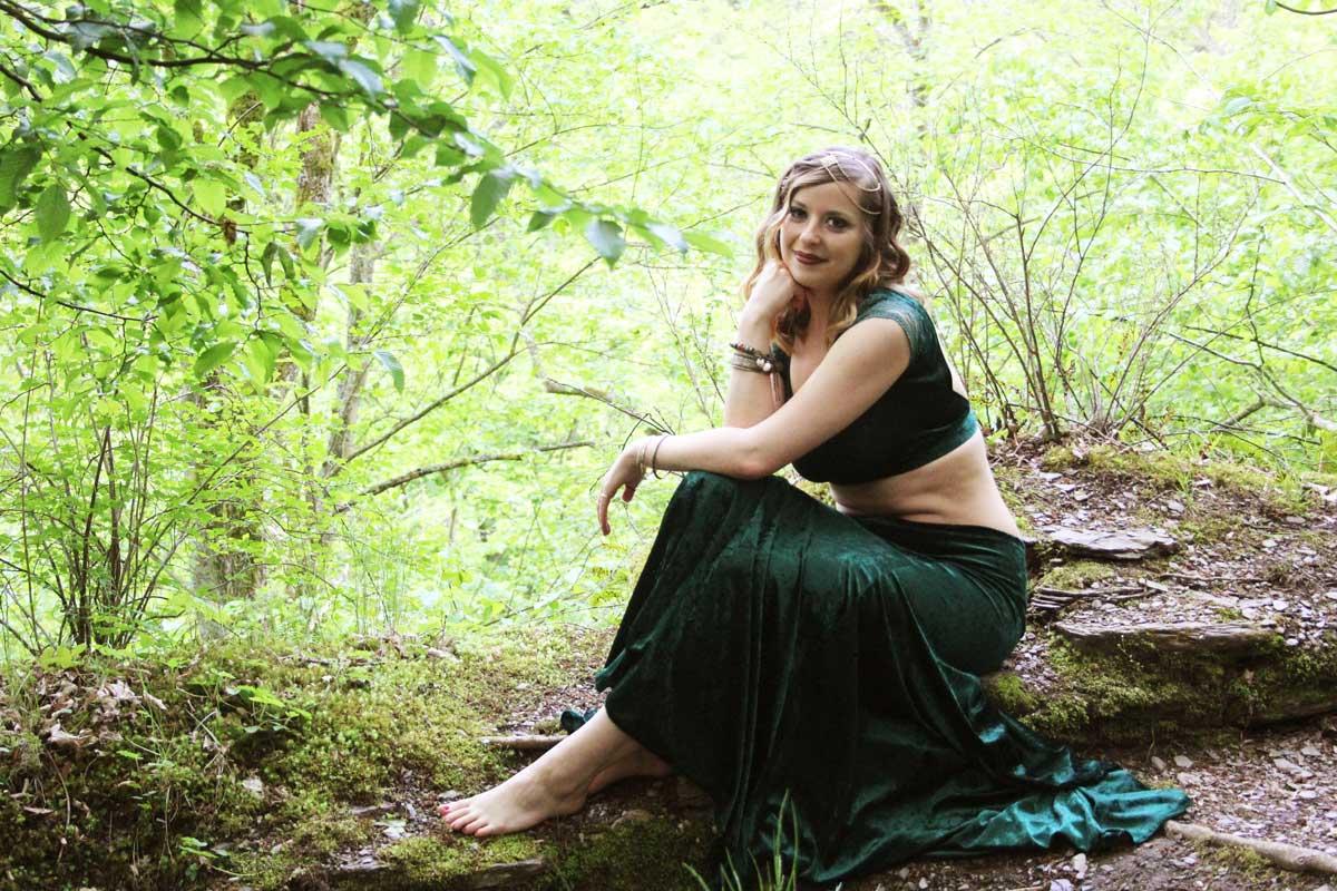 """""""Tribal Fusion ist das rebellische Kind seiner Eltern"""" – Interview mit OT pur-Dozentin Lea"""