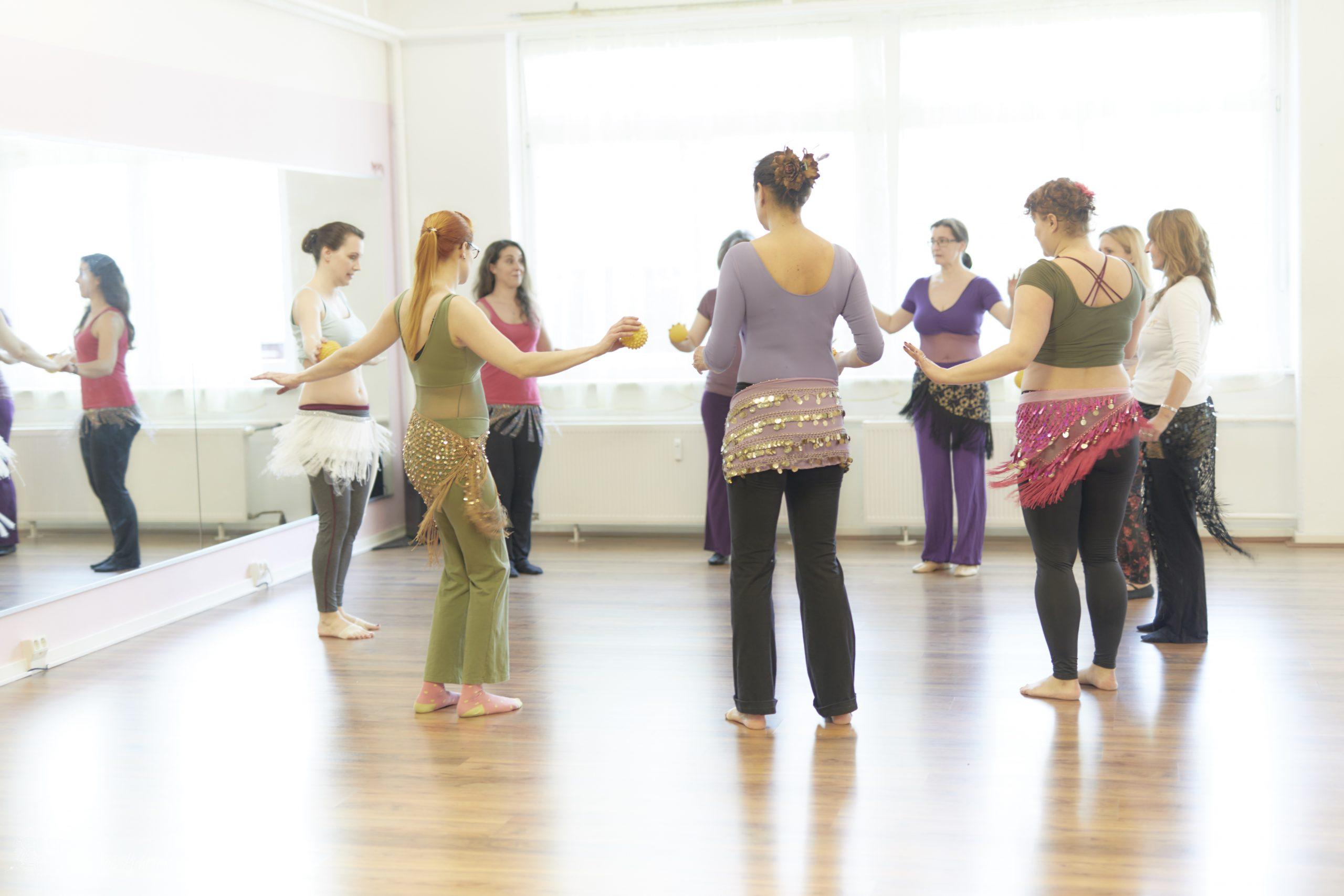 Achsentraining im Orientalischen Tanz - Foto: Sabuas Lichtraum