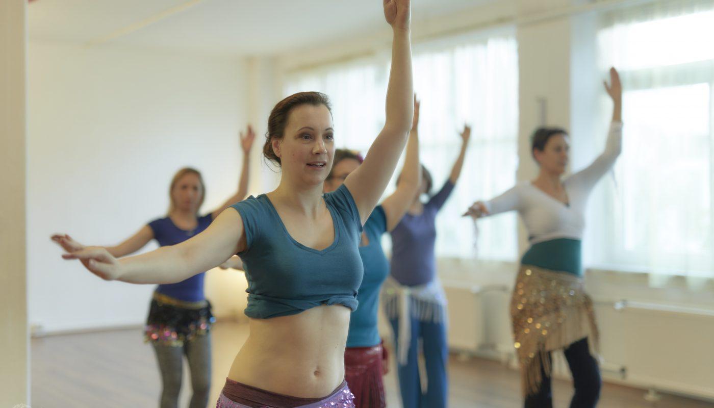 OT pur-Dozentin und Tanzschulinhaberin Melanie im Unterricht - Foto: Sabuas Lichtraum